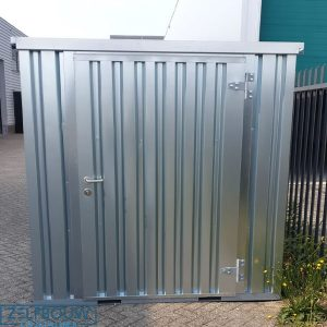 Demontabele opslagcontainer met enkele deur korte zijde van zelfbouw