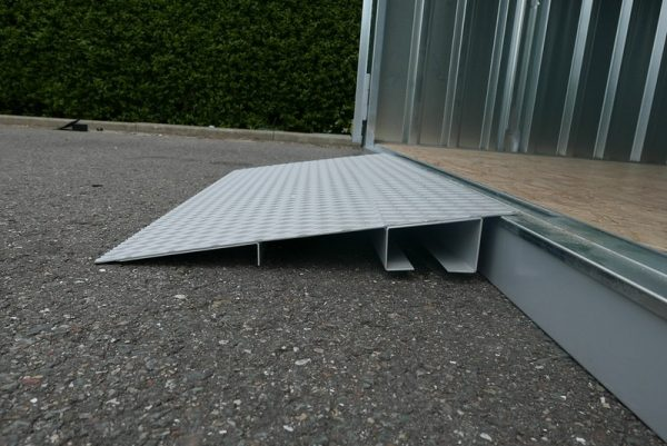 Gegalvaniseerde oprijplaat oftwel; bestendig tegen corrosie