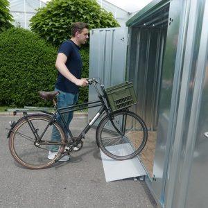 Stevige anti-slip oprij plaat van zelfbouwcontainer