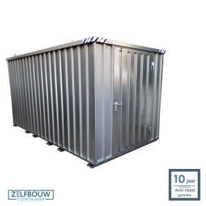Demontabele schuur opslagcontainer 4x2 meter enkele deur aan kopzijde op locatie