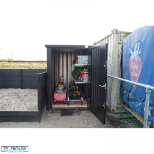 Container tuinhuis zeecontainer in tuin